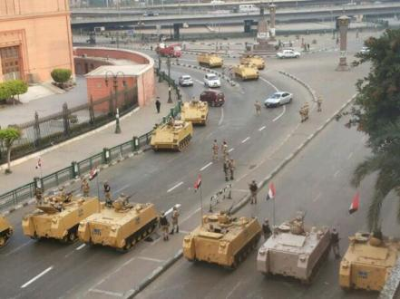 Egypt's Military deploys around Tahrir Square ahead of planned marches on Friday by Morsi supporters [Credit: Gigi Ibrahim]