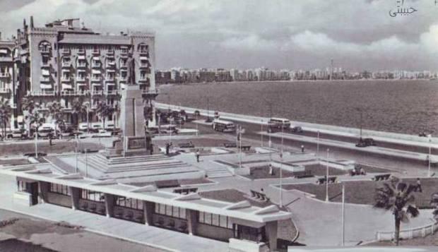 Alexandria's Korniche in 1960