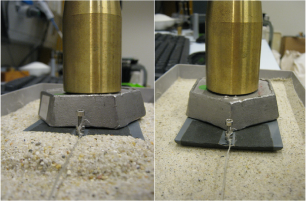Figure 1: A large pile of sand accumulates in front of the sledge when this is pulled over dry sand (left). On the wet sand (right) this does not happen.